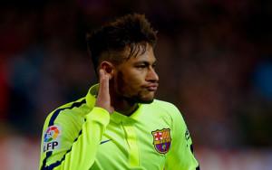 Neymar-fights-a-manchester-city-fan