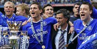 Chelsea-Celebrates-League-title-2004-05