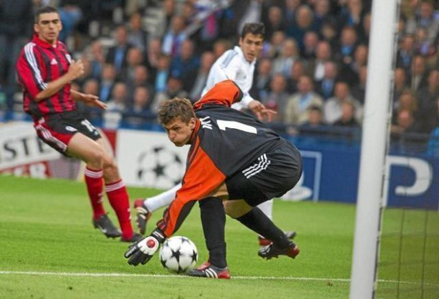 gol raul final champions league 2002 real madrid leverkusen