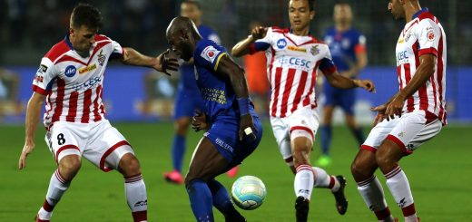 Achille Emana Edzimbi of Mumbai City FC tries to get past the defence of ATK during match 27 of the Hero Indian Super League between Mumbai City FC and ATK held at the Mumbai Football Arena, Mumbai India on the 17th December 2017 Photo by: Vipin Pawar / ISL / SPORTZPICS