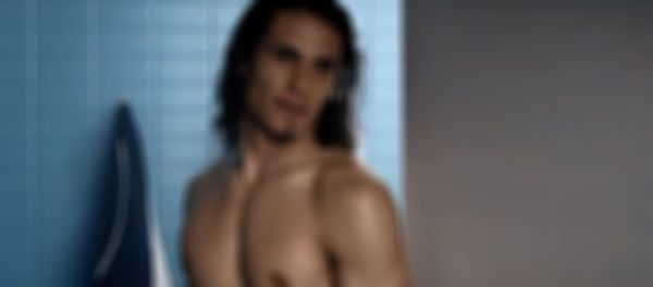 footballfrance-psg-cavani-leaked-pics-illustration