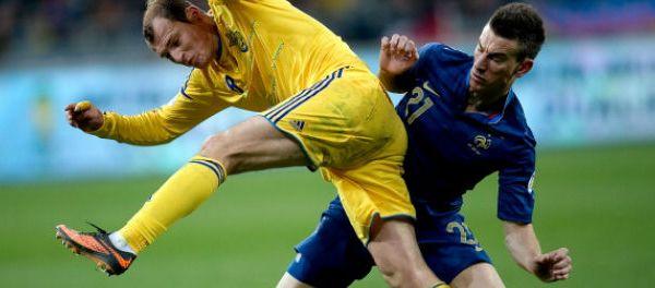 footballfrance-arsenal-laurent-koscielny-toc-oblige-provoquer-penalty-illustration