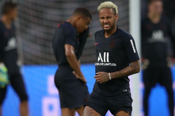 footballfrance-neymar-hemorroides-illustration