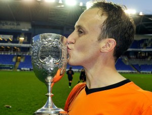 Wokingham & Emmbrook Captain Grant Lewin with the Reading Senior Cup in 2014. Photo: getreading.co.uk