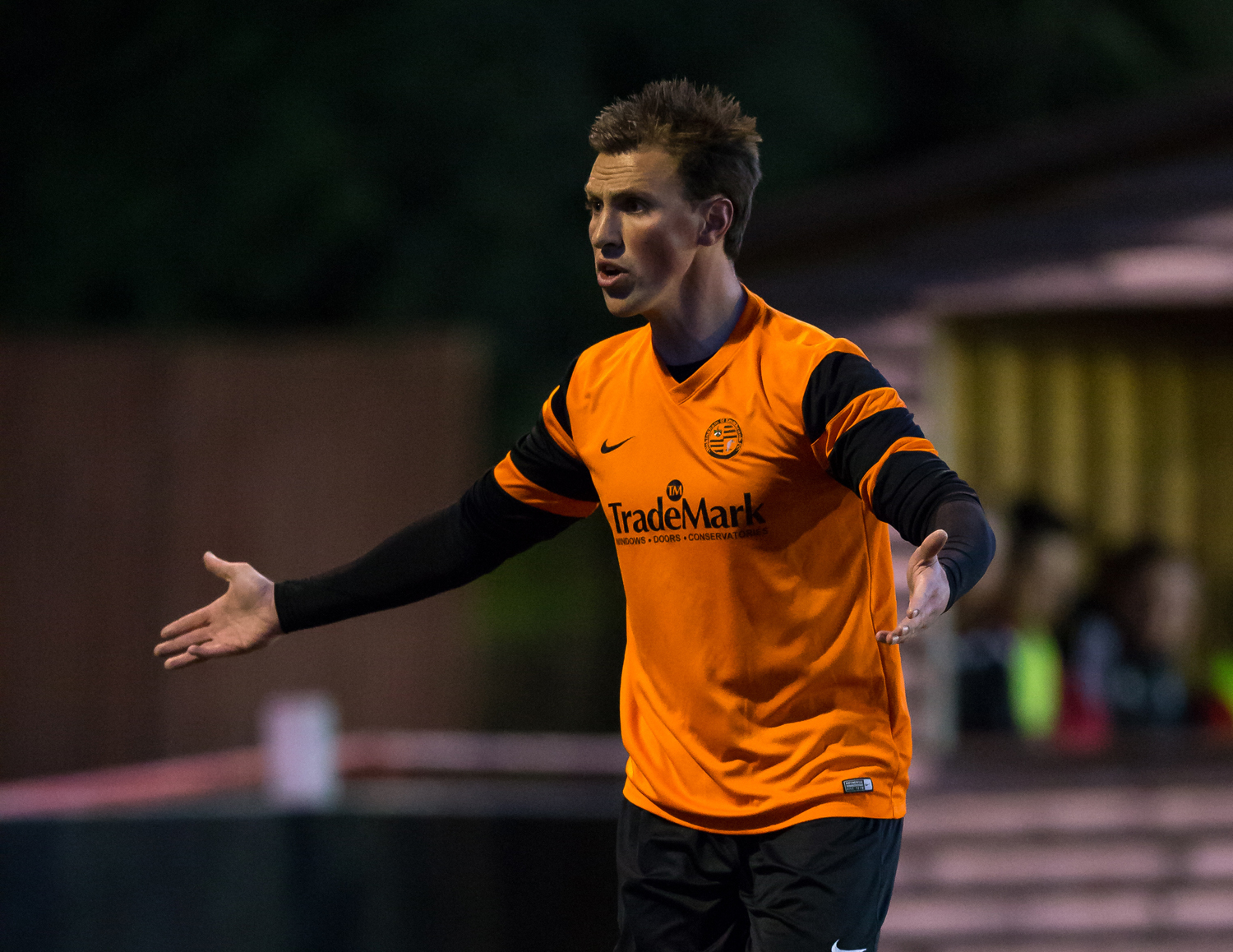 Midweek in the Hellenic: Wokingham defeat and Poynter leads the way