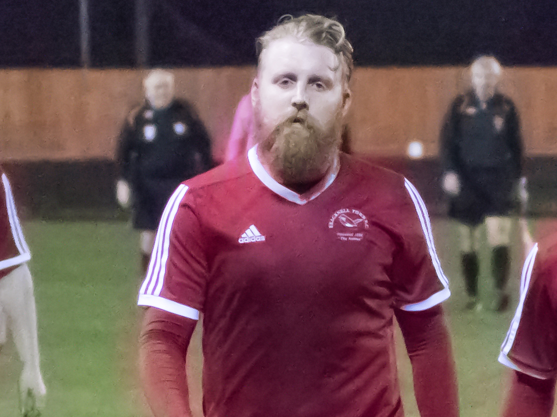 Callum Whitty deputise in goal, Taylor Sheeran debuts as Bracknell Town FC win again