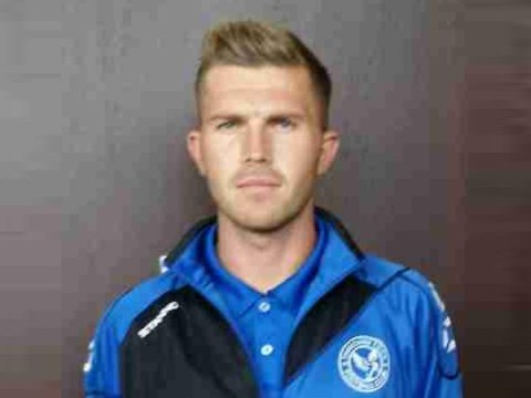 Co-manager resigns and new goalkeeper at Thatcham Town FC