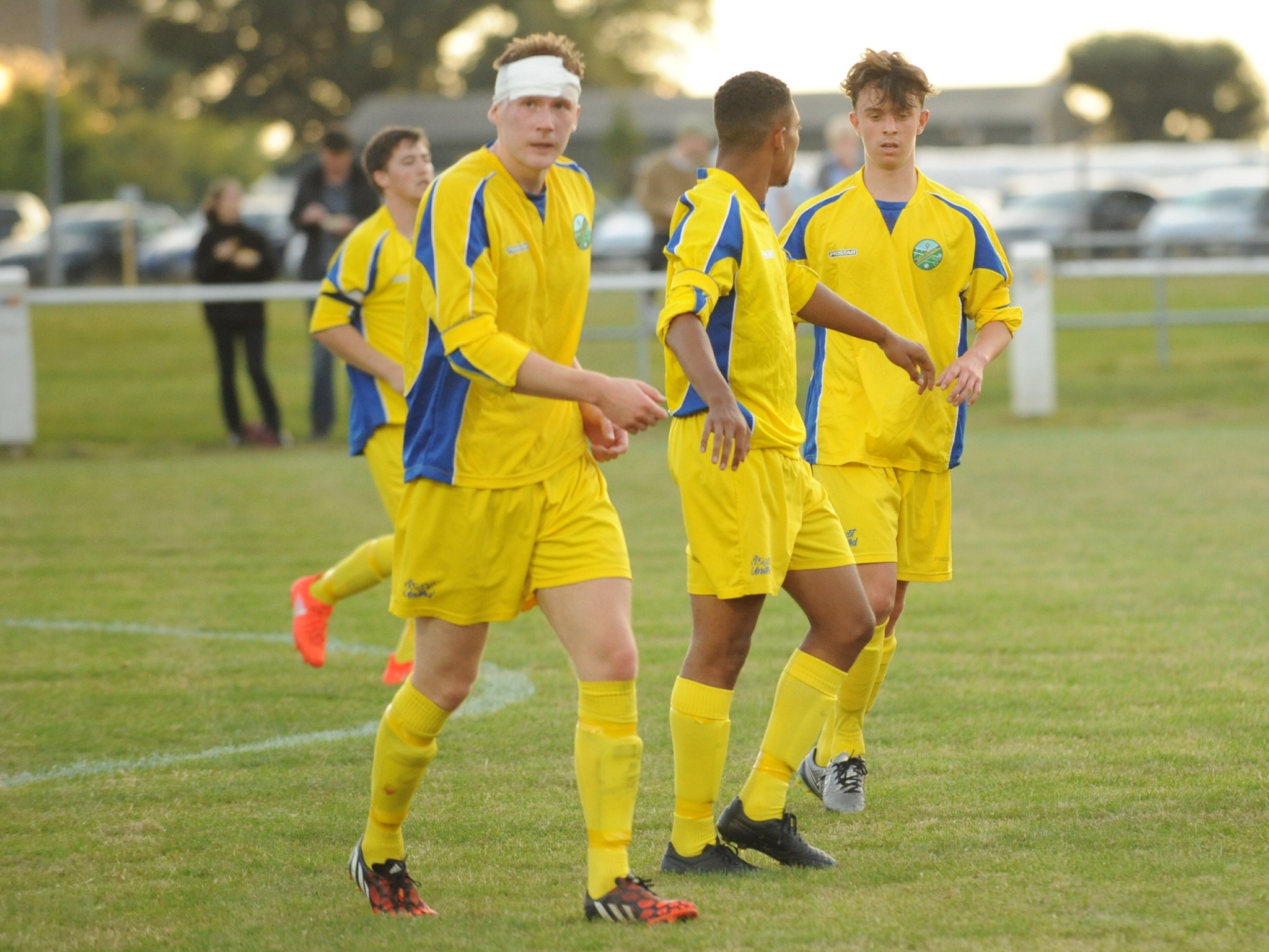 Ascot United 2 Milton 0: Friday night delight as Yellamen advance in FA Cup