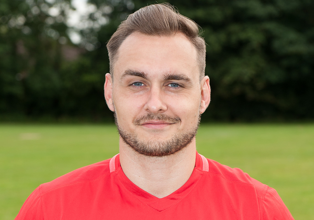 Wokingham & Emmbrook FC add trio of players to boost squad