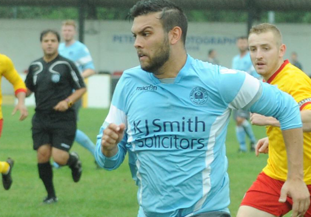 Josh Drew strike strengthens Woodley United's top two claim in derby victory over Finchampstead