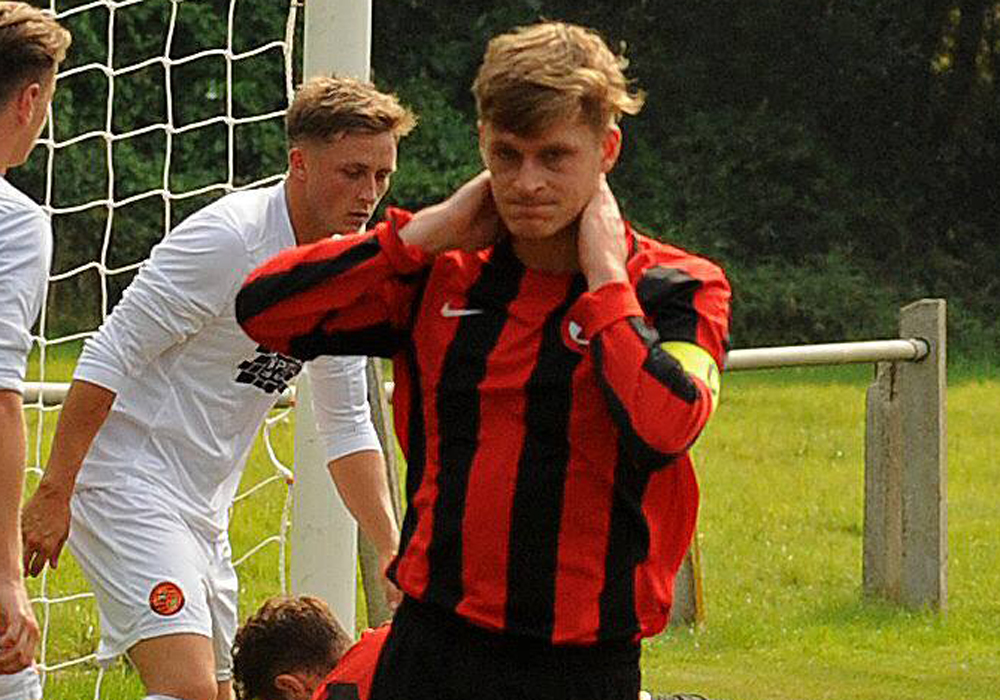 Harry Oakley joins Farnham and all the Combined Counties League player registrations 21/12/2018 to 1/1/2019
