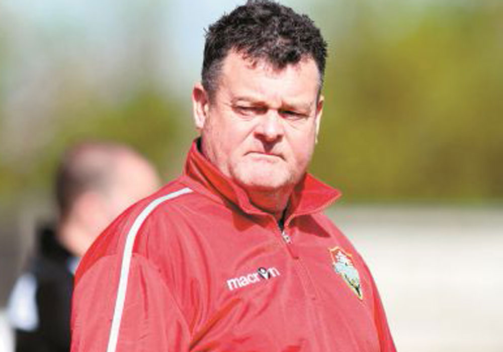 Windsor manager Mick Woodham. Image used with permission of Maidenhead Advertiser.