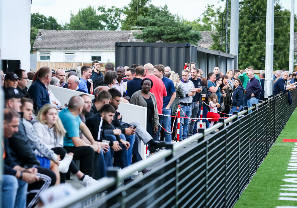 Bracknell Town release bargain 2018/19 Bostik League season ticket