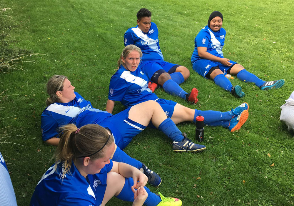 Binfield Ladies enjoying their half time break at Wantage Town.