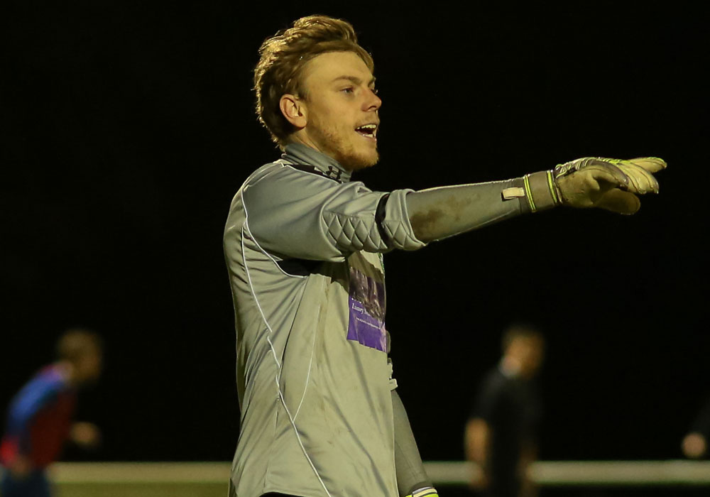 Lee Allen put in another fine display for Ascot United. Photo: Neil Graham.