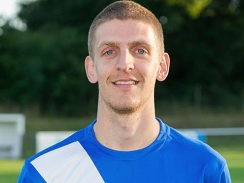 Matt Davis signs first team forms and ALL the Hellenic League transfers 30/11/2017 to 7/12/2017