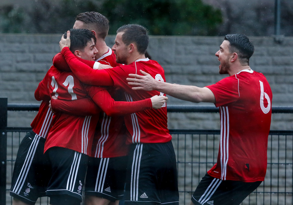 Bracknell Town FC and Binfield FC discover Hellenic League Challenge Cup semi final dates