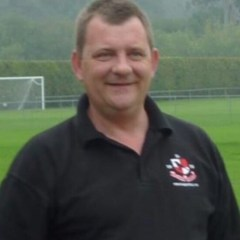 Finchampstead FC to pay tribute to 'great man' Nick Markham