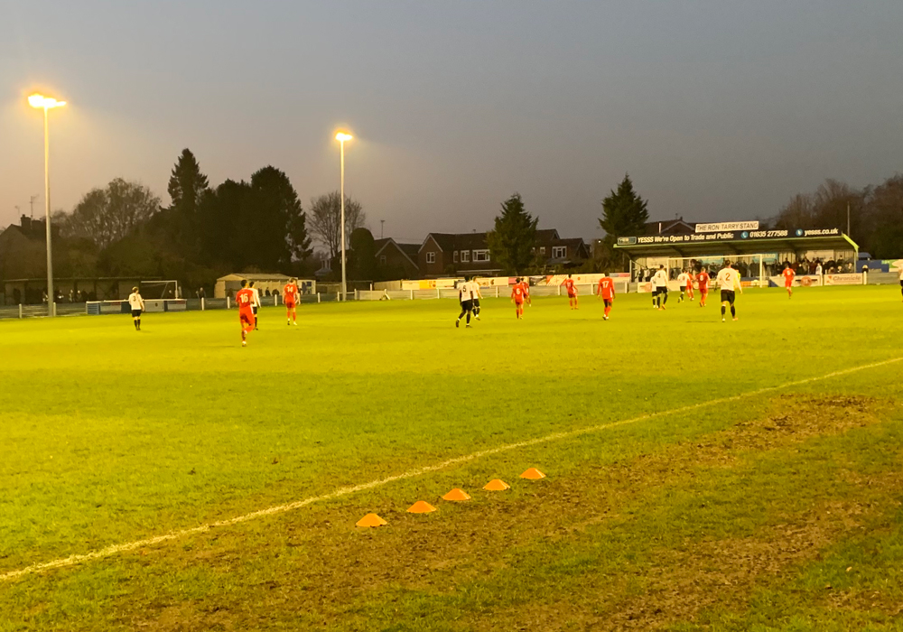 Hungerford Town beaten in Vanarama National League South