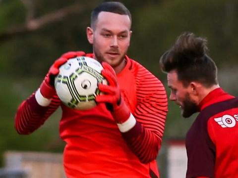 Bracknell Town sign goalkeeper Chris Rackley