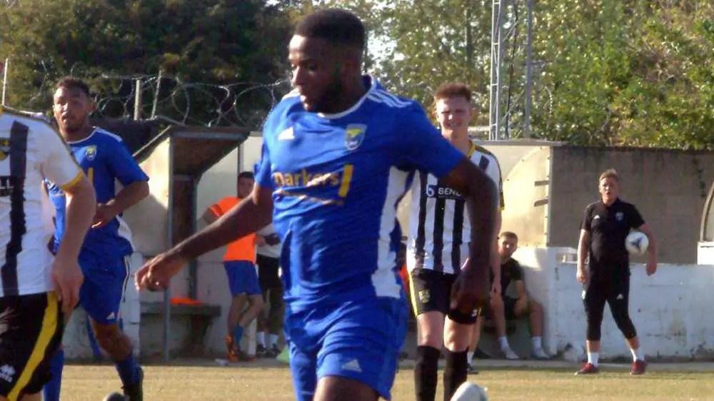 McKoy Palmer joins Basingstoke Town