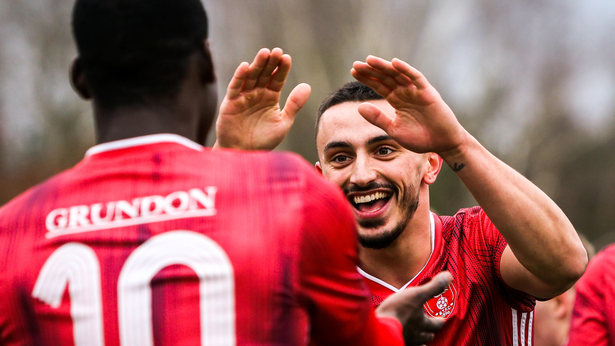 Round up: Bracknell Town thump Staines Town, huge win for Hungerford Town