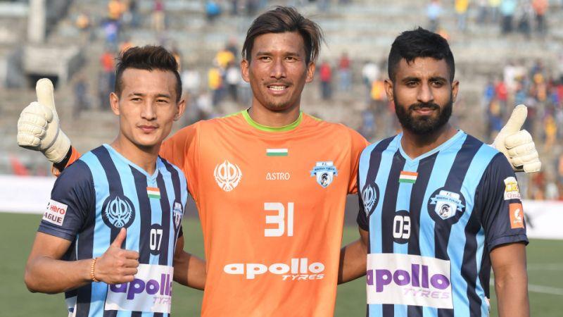 नेपाली गोलरक्षक किरणलाई फेरि मिनेर्भाले भित्र्यायो