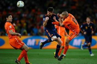 2010 World Cup Final Rematch: Spain vs Netherlands