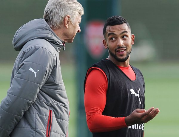 Theo Walcott and Arsene Wenger