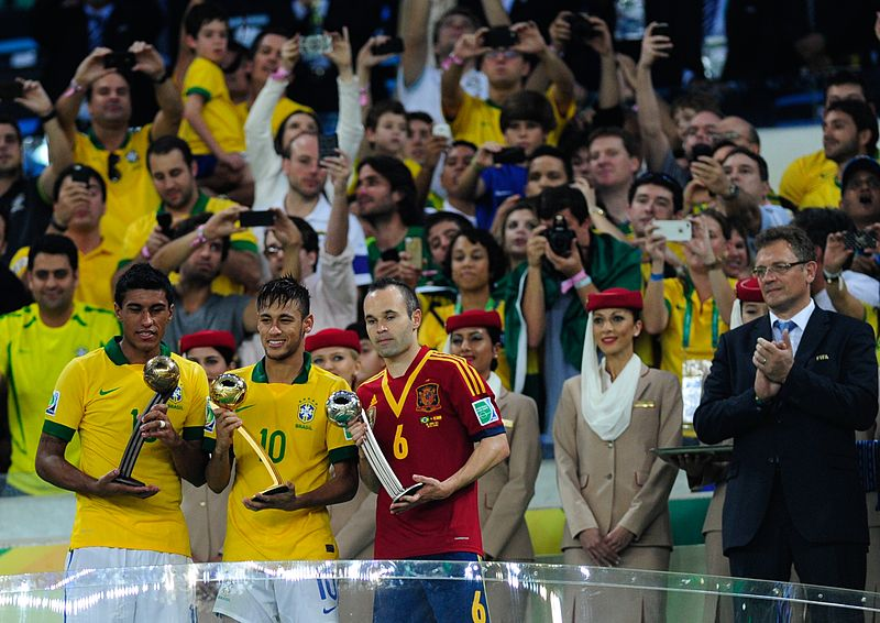 Paulinho received the Bronze ball at the 2013 Confederations Cup. This award is given to the third best player of the entire tournament. It led to Tottenham Hotspurs paying £17 million for his services.