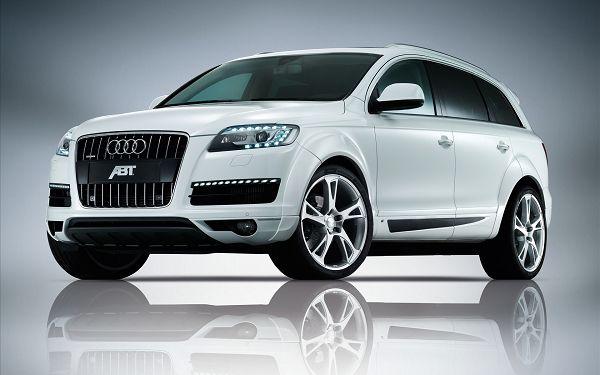 Audi Q7 Messi car
