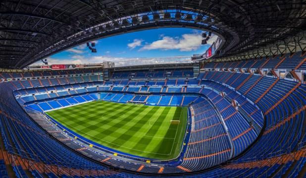 Estadio Santiago Bernabéu photo