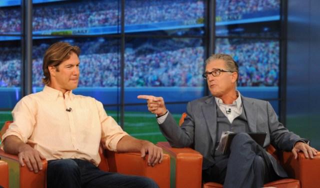 FOX FOOTBALL DAILY: Scott Fujita and Mike Pereira