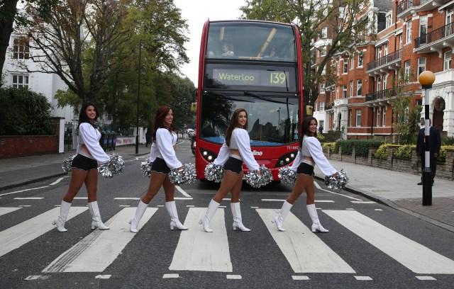oak_cheerleaders abbeyroad.jpg