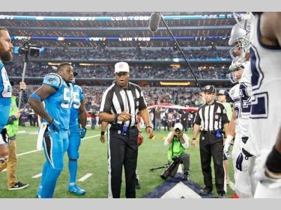 Referee Ronald Torbert (Dallas Cowboys)