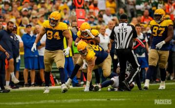 Umpire Tony Michalek (Green Bay Packers)