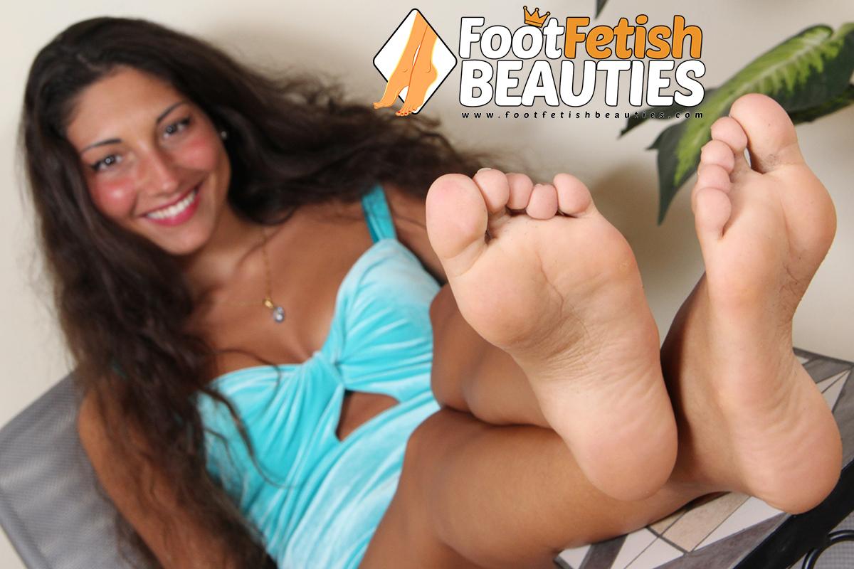 Gioia01- sexy feet