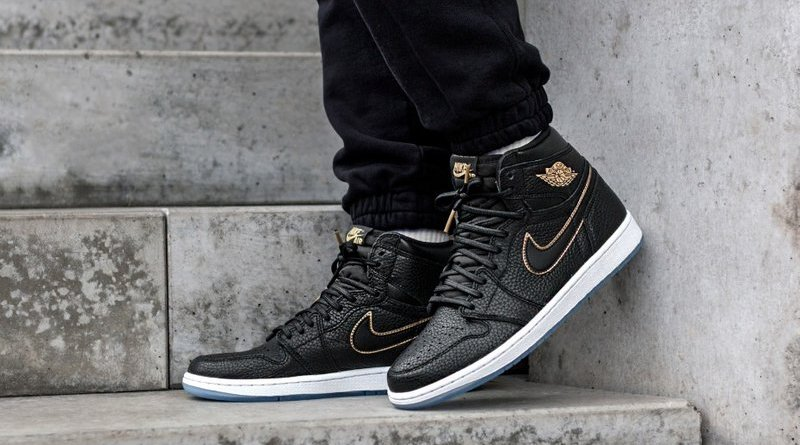 nike-air-jordan-1-retro-high-og-_black-metallic-gold-summit-white-