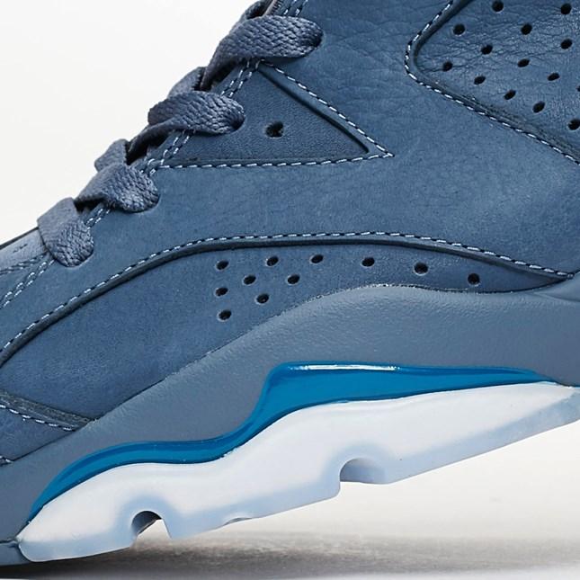 Air Jordan 6 Diffused Blue close up 1