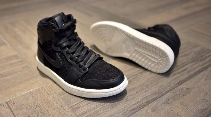 air-jordan-1-retro-high-premium-black-white 1
