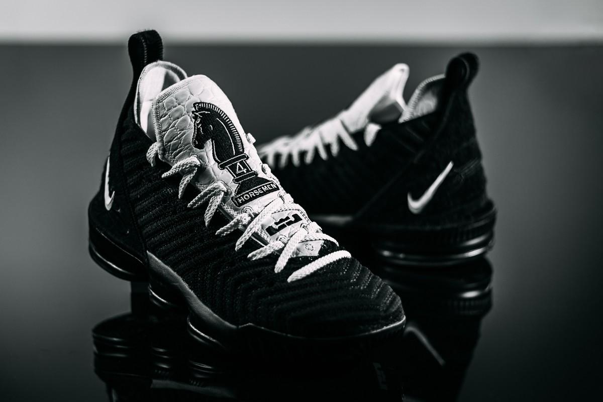 Presunto Indulgente neumático  SALE - 15% Off The Nike Lebron 16