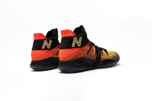 new-balance-omn1s-sundown-now-available 1