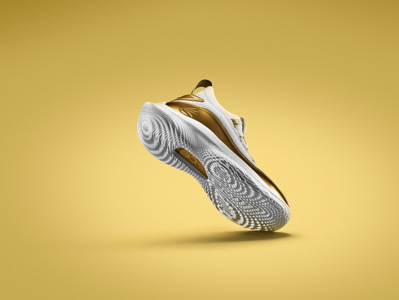 under-armour-curry-8-golden-flow-3024032-001-where-to-buy 1