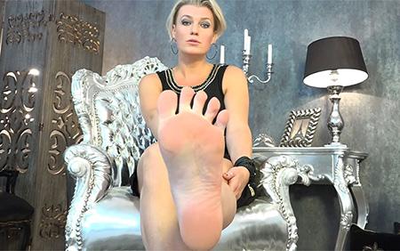 foot model job Serbia