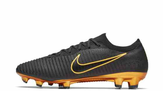new-nike-mercurial-vapor-flyknitultra-limited-edition-2