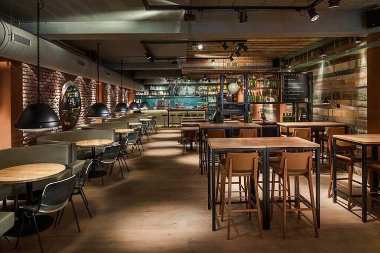 Du Mobilier Style Industriel Dans Un Restaurant