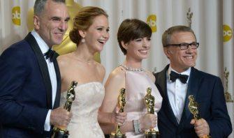 Daniel Day-Lewis, Jennifer Lawrence, Anne Hathaway, Christoph Waltz | © Joe Klamar / Getty Images