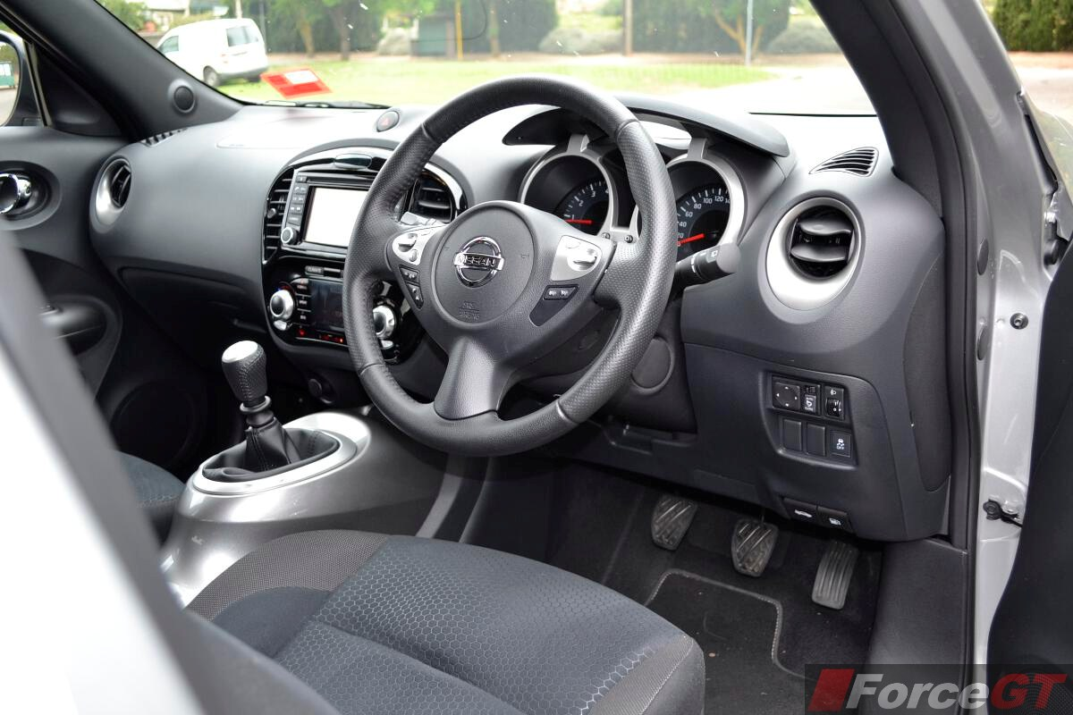 Nissan Juke Review 2014 Juke ST S 2WD Manual