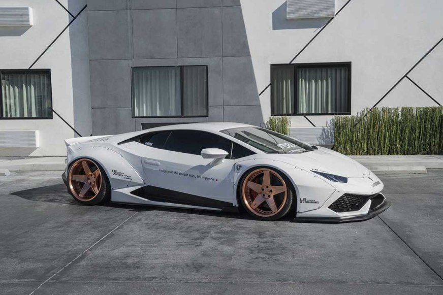 Liberty Walk Lamborghini Huracan comes wider than ever