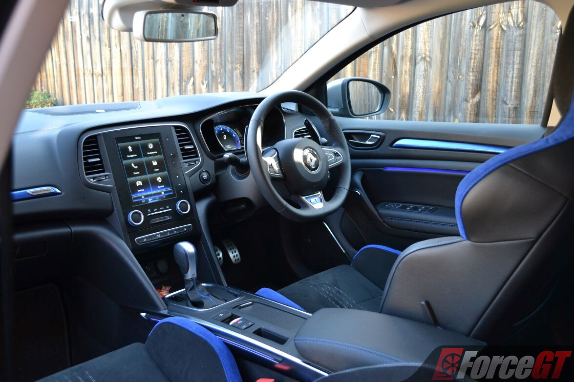 2017 Renault Megane Wagon Review